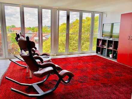 Neuwertige 1.5 - Zimmer-Penthouse-Wohnung mit EBK in Bayreuth 1.5