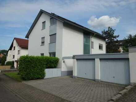 4 Zimmer Wohnung im Obergeschoss mit Loggia & Balkon in Karlsruhe Wolfartsweier