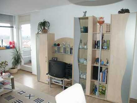 Schöne, geräumige zwei Zimmer Wohnung ,in Remseck a. N. OT Aldingen