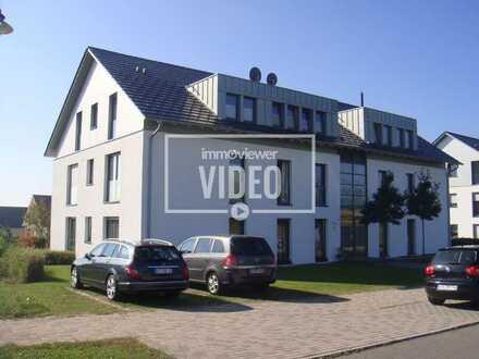 Moderne 4-Zimmer-Dachgeschosswohnung mit schöner Aussicht in ruhiger Lage