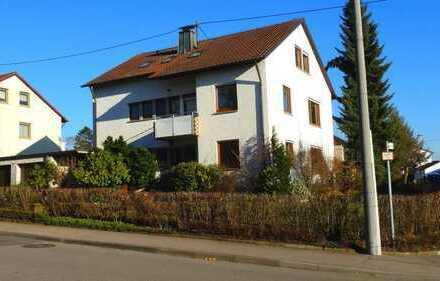 Erstbezug nach Renovierung: Ansprechende 3,5-Zimmer-Wohnung mit Balkon in Backnang