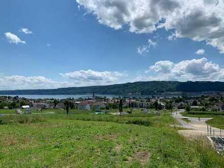 Ludwigshafen: Baugrundstück mit Seesicht in oberster Reihe / absolute Top Lage