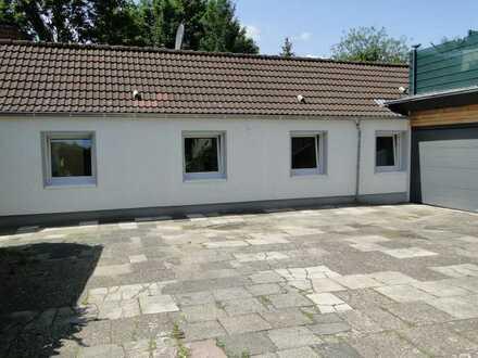 Erstbezug nach Sanierung: attraktive 5-Zimmer-EG-Wohnung mit Terrasse und Garten in Castrop-Rauxel