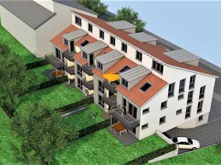 Friolzheim Südlage Neubau mit Aufzug. 3 Zi. Dachwohnung mit zusätzlicher 15.0qm Bühne mit Fenster.