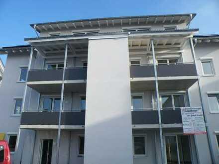 schöne, freundliche 2 Zimmer-Wohnung mit Balkon