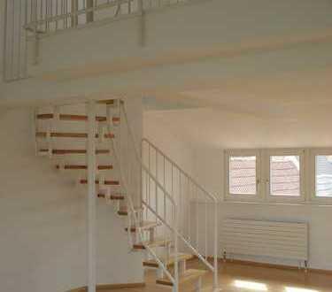 Schmuckstück: 80qm-Maisonette-Wohnung mit Einbauküche und Balkon in Top-Lage in Mannheim-Seckenheim