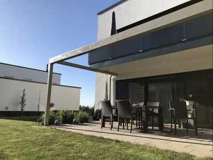 Neuwertige 4-Zimmer-Wohnung mit Balkon und EBK in Thyrnau