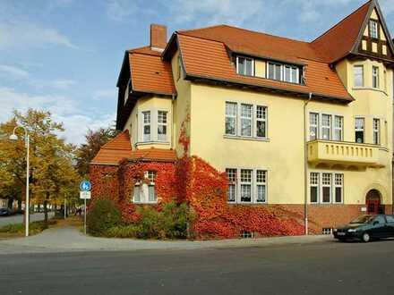 Gepflegte 4-Zimmer-Dachgeschosswohnung mit Einbauküche in Luckau