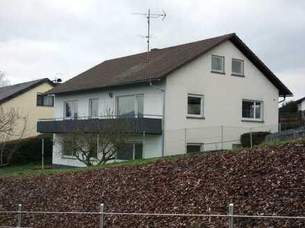 Großes Haus - Mehrgenerationen-Wohnen - Homeoffice -mit sieben Zimmern in Rhein-Neckar-Kreis, Mauer