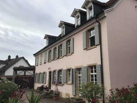 Kapitalanlage - 2-Zimmer-Wohnung auf historischem Hofgrundstück (03)