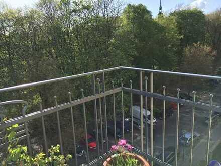 Vermietet günstig kaufen, später selbst nutzen: Herrschaftliche 5-Zimmer Whg. direkt am Schrevenpark