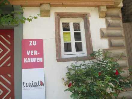 Büro-/Praxis-/Gewerbefläche in historischem Haus