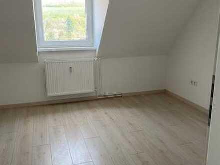 Helle Dachgeschosswohnung in Kusel zu vermieten
