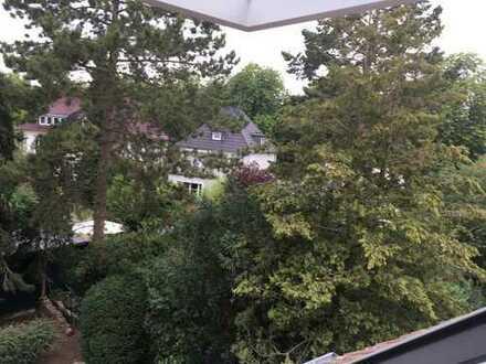 Süße DG-Wohnung im Grünen