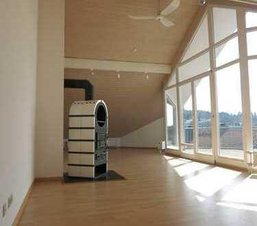 Außergewöhnliches Dachgeschoss mit Blick ins Woogtal