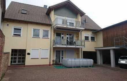 Schönes geräumiges Haus mit sieben Zimmern in Miltenberg (Kreis), Kleinheubach