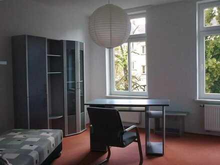 WG- Zimmer, möbliert in Plauen, preiswert mit schnellem Internet