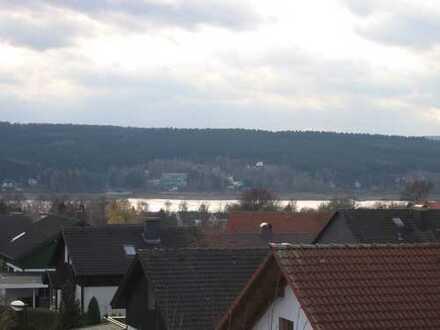 2-Zimmer-Dachgeschosswohnung mit Balkon in Möhnesee mit Seeblick