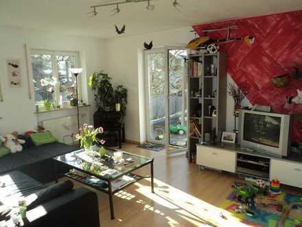 Waldtrudering; ruhige, charmante 2 Zi.- Dach-Terrassen-Wohnung