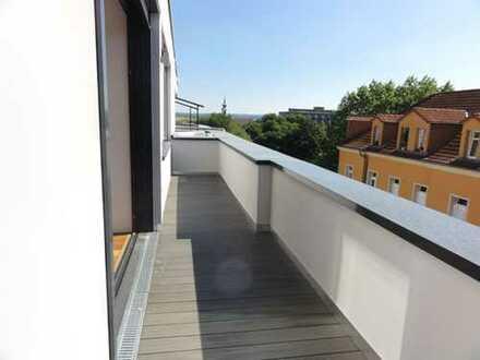 Exklusive 2-Zimmer-Wohnung mit Terrasse, Parkett und Kamin!
