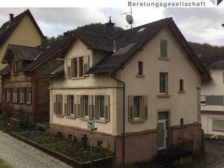 Leerstehendes 1-2-Familienhaus in Ortslage von Neckarsteinach