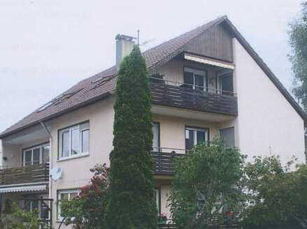 Sehr schöne 3-Zimmer-Wohnung, zentral in ruhiger Seitenstraße