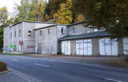 Klingenthal, Gewerbe 568 m² (Lager und Büros, Garagen, Trinkwasserbrunnen) plus Wohnung 115 m²