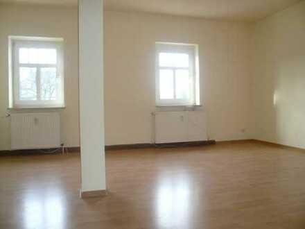 gemütliche 2-Raum-Wohnung mit Aufzug in gepflegtem Haus