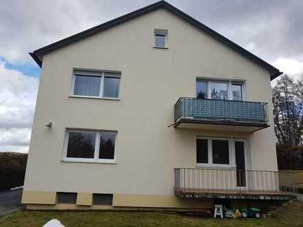 Gepflegte 3-Zimmer-Hochparterre-Wohnung mit Balkon in Neunburg vorm Wald