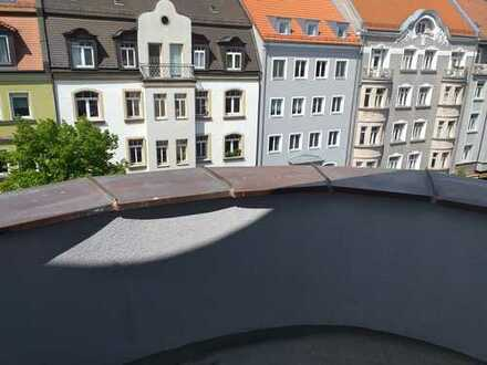 Nürnberg Nibelungenviertel: große 4-Zimmerwohnung, 2 Balkone, 2019 saniert