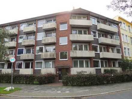 Studenten aufgepasst! 1 Zimmer-Wohnung mit Balkon sucht Nachmieter!