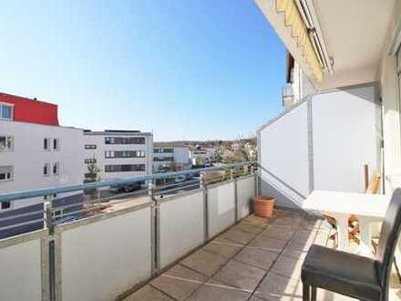 Sehr gepflegte und lichtdurchflutete Wohnung mit großem Balkon und TG-Stellplatz