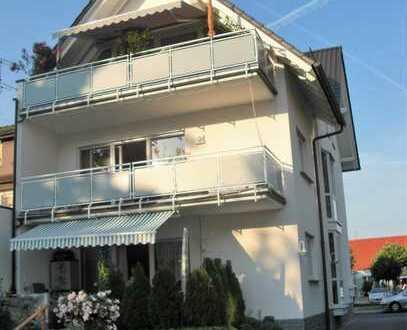 Helle 3-Zimmer-Wohnung mit Balkon und Einbauküche in Dreieich