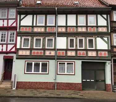 Modernisierte 3-Zimmer-Wohnung mit Balkon und Einbauküche in Duderstadt