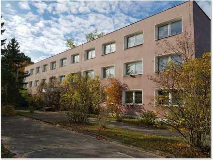 Gewerbegrundstück 6400 m² mit vielseitig nutzbaren Bürogebäude 1200m² Nähe PCK