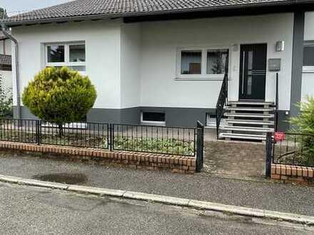 Modernisiertes 9-Zimmer-Generationen Haus mit Einbauküche in Fahrenbach