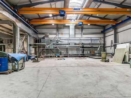 freitragende Halle mit Krananlage 10 Tonnen zur Produktion oder als Lager