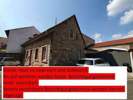 Modernisiertes 5 Zi.-EFH mit charmanten Innenhof und 2 Kfz-Stellpl. im beliebten Alzey-Weinheim
