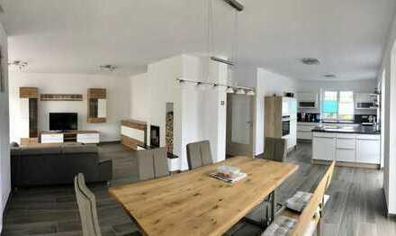 modernes familienfreundliches Einfamilienhaus mit Doppelgarage in Stallwang zu vermieten!