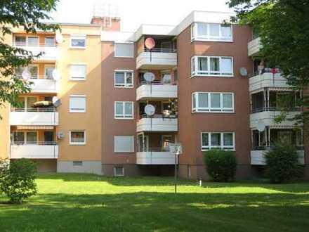 Modernisierte, helle 3,5-Zimmer-Wohnung mit einem großzügigem Balkon in Neuburg an der Donau