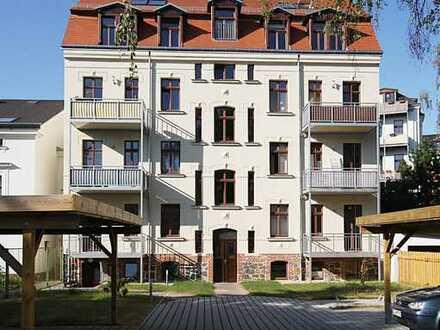 //Attraktive Eigentumswohnung mit 2 Balkonen und Gartenanteil im beliebten Gohlis//