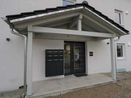 Erstbezug: Attraktive 5-6 Zimmer Wohnung mit Garten und Terrasse in Untermeitingen