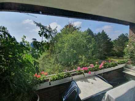 Traumhaft ruhige 2-Zi.Wohnung in Zehlendorf mit großem Balkon u Pkw Stellplatz sowie E