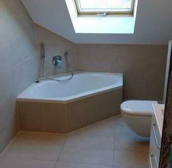 Modernisierte 3-Zimmer-DG-Wohnung mit Balkon und EBK in Aschaffenburg
