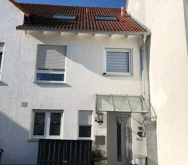 Schönes Haus mit sechs Zimmern in Main-Kinzig-Kreis, Nidderau