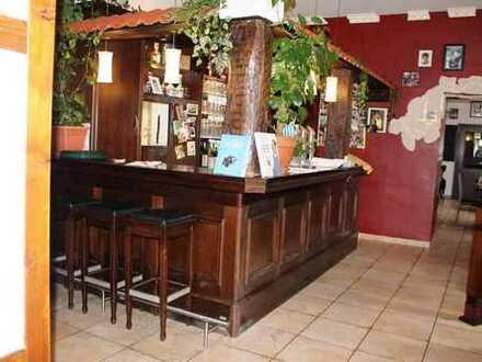 +++Provisionsfrei! Modernes, gemütliches Restaurant mit Biergarten, Kegelbahnen und Wohnung im Ze...