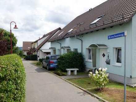 Reihenmittelhaus mit Terrasse, Garten und PKW-Stellplatz