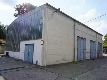 Stahlbauhalle mit 5 to Portalkran, Büro u. Freifläche