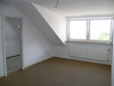 gemütliche 2,5 DG Wohnung in Pforzheim