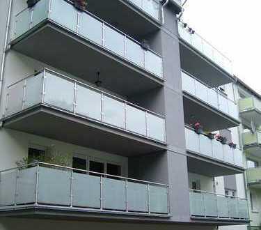 Provisionsfreie neuwertige 3-Zimmer-Wohnung mit Balkon, inkl. 2 PKW Einstellplätze in Braunschweig
